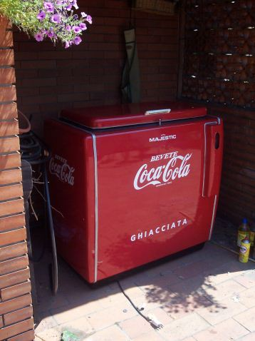 Restauro frigo coca cola for Frigo coca cola grande